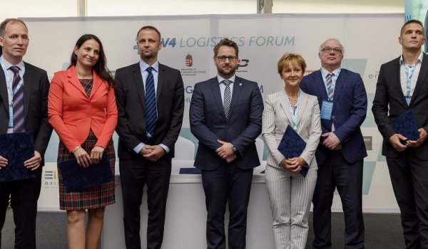 Hat hazai lízingcéggel írt alá szándéknyilatkozatot az EXIM