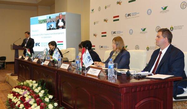 Az EXIM az IFC-vel együttműködve Üzbegisztánban segít a gyapotszektor fejlesztésében