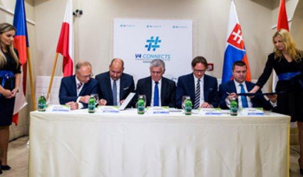 """Eredményesen zárult az EXIM által szervezett első """"V4 Exporthitel és hitelbiztosítás"""" konferencia"""